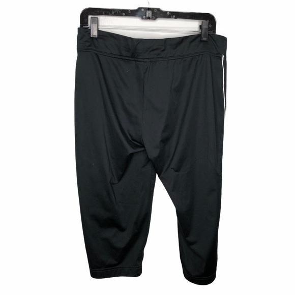 Nike Black Capri Cropped Leggings Size Large